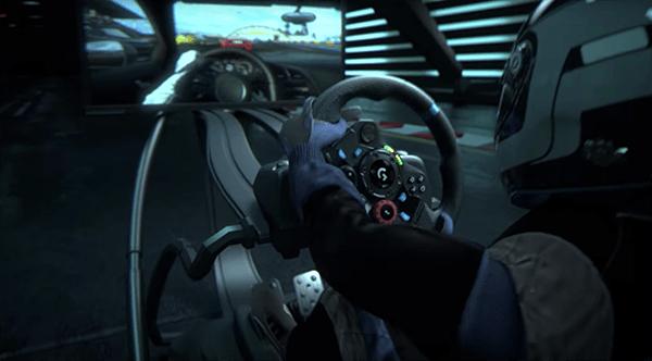 実際にスポーツカーを運転してるような臨場感