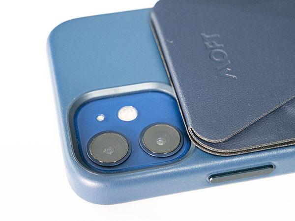 iPhone12miniに付けてもギリギリカメラとの干渉は無し
